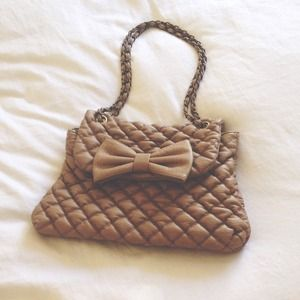 |BEIGE BOW PURSE|