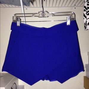 Zara Dresses & Skirts - Zara Royal Blue Skort!