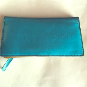 "Kate Spade ""Big Apple Stacy"" wallet"