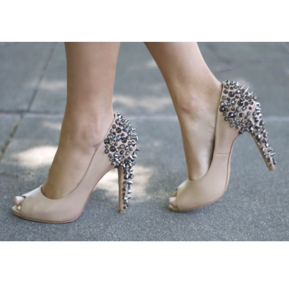 57% off Sam Edelman Shoes - Sam Edelman  Nude LORISSA Spiked