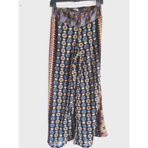 🚫Sold🚫Boho Floral Wide Leg pants