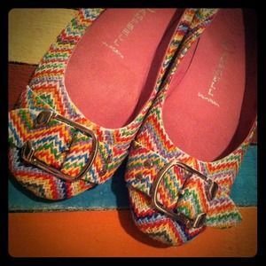Jeffrey Campbell Shoes - Jeffrey Campbell lbiza flats! Absolutely love it!
