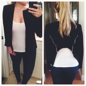 Chic Zippered Back Jacket