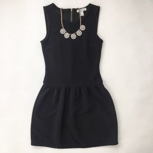 Forever 21 Dresses & Skirts - F21 Essentials Drop Waist Dress in black