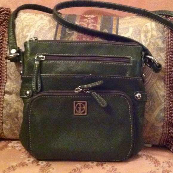84% off Giani Bernini Handbags - 👜SALE👜Giani Bernini olive cross ...