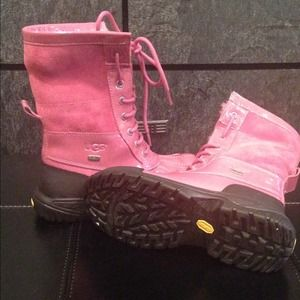 New Pink authentic Uggs in box!