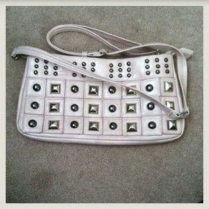 Handbags - PREVIOUS 🎉HP🎉