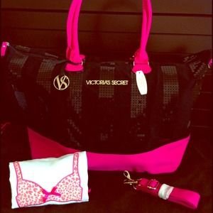 NWT Victoria's Secret Travel Bag & Lingerie bag