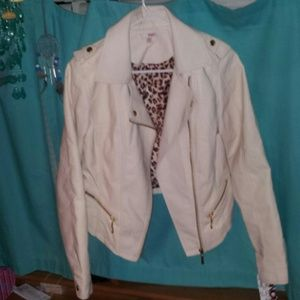 Brand new Womens ivory leather biker jacket !!