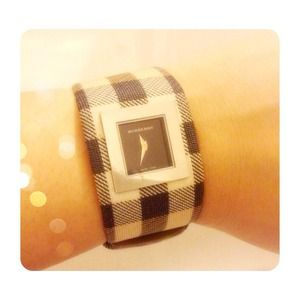 Burberry Women's Quartz Analog Square Watch