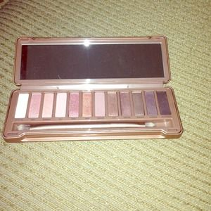Accessories - Urban decay naked 3 shadow pallet
