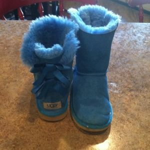 "Little girl ""uggs"""
