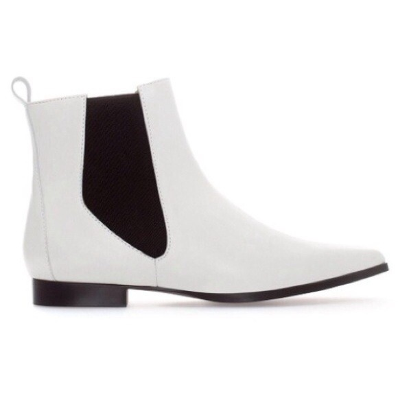 Black And White Ankle Boots - Cr Boot