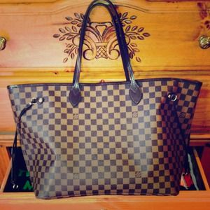 Sold!!!!!! Louis Vuitton Neverfull GM
