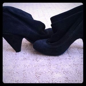 EXTREME DISCOUNT Steve Madden Black Booties $160