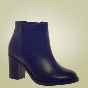 Classic Black Leather Chelsea Ankle Boot