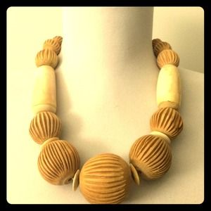 Wooden Statement Necklace NWOT