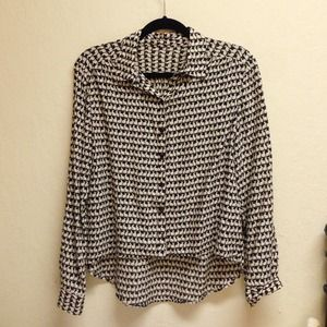Button-down shirt with rabbit pattern