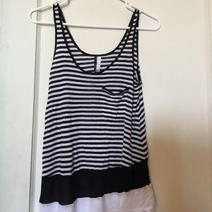 Kensie Black & White Striped Top