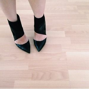 Zara Shoes - Black zara heels