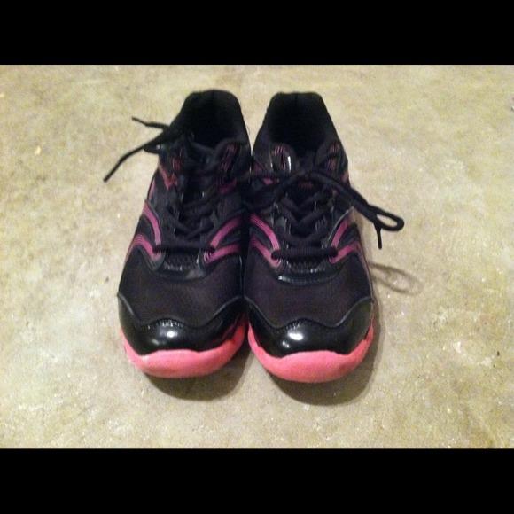 Catapult Shoes Black