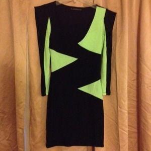 Color block puff shoulder dress.