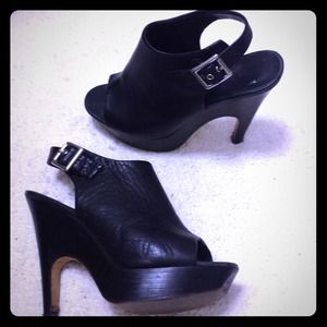 Dolce vita platform black leather backless booties