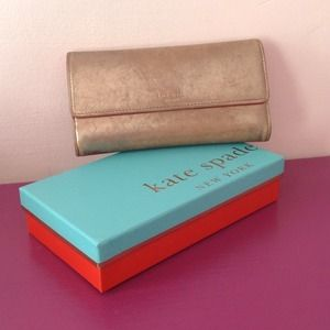❗️REDUCED❗️ Kate Spade Checkbook Wallet