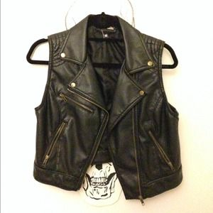 H&M Tops - H&M black leather vest