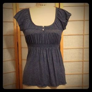 Zara Tops - ZARA Heather Blue Henley w/ Bubble Sleeves
