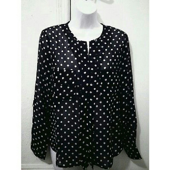 how to wear polka dot blouse