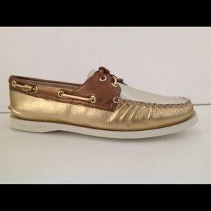 Sperry Top Sider Size 9 Women's Shoe