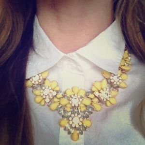 Jewelry - Yellow Blossom Bib Necklace