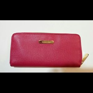Michael Kors pink zipper wallet