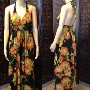 Dresses & Skirts - ⚡REDUCED TO CLEAR⚡Long flowing dress. Never worn.