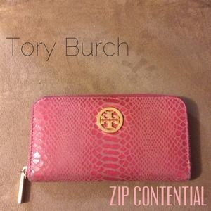 Authentic Tory Burch Continental Wallet