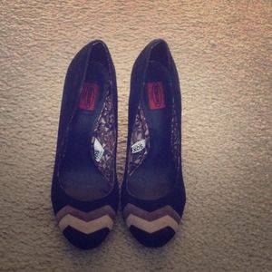 Missoni Shoes - Missoni for Target black pumps