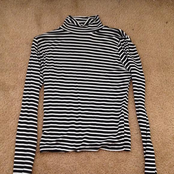 Brandy Melville Brandy Melville Black White Striped