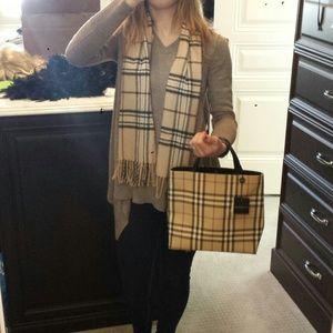 Handbags - Additional pic of Burberry bag