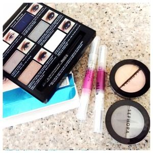 ⛔️⛔️⛔️SOLD⛔️Make up bundle