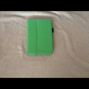Other - Green tablet case 7 inch tablet