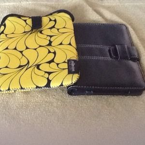 Other - Yellow and black cases set