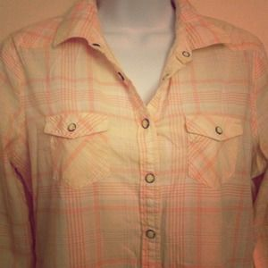 American Eagle Outfitters Tops - Perfect spring Plaid button down