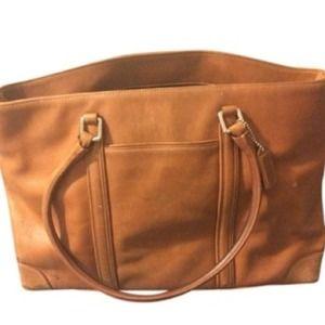 MOVING SALEVintage Coach Large Handbag