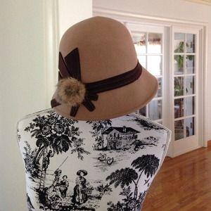 Classy Vintage Style Hat