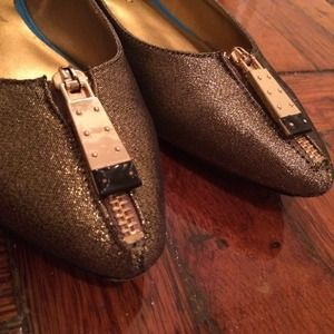 Christian Siriano Shoes - Micola Gold Zippered Flats with Turquoise Soles