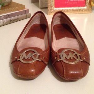 Michael Kors Shoes - Michael Kors Fulton flats 7.5