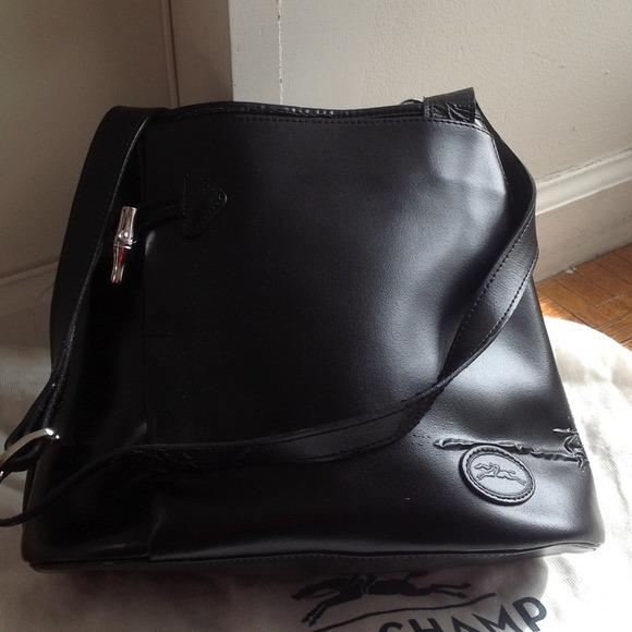 Longchamp Handbags - Longchamp black leather bag c833432096bd0