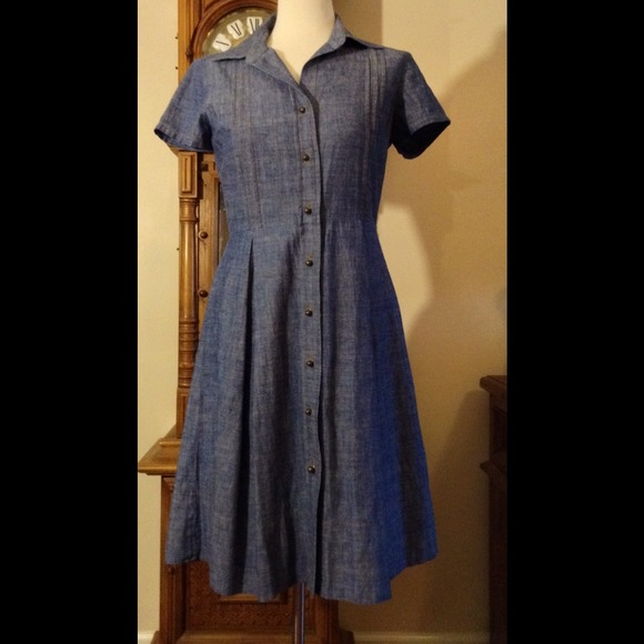 talbot's Dresses & Skirts - Adorable button-up chambray dress!