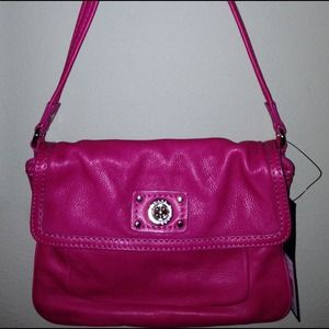 NWT Marc By Marc Jacobs Turnlock shoulder bag